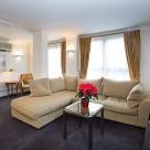 Basil Street Apartment  - Lounge