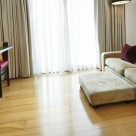 Bermondsey Serviced Open Plan 1 Bedroom - Lounge