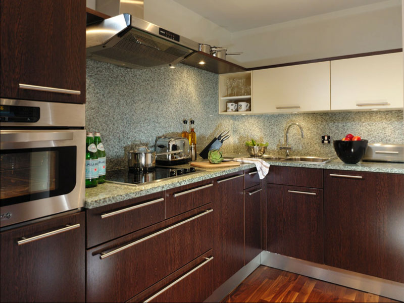 Cheval phoenix house 1 bedroom quality city apartments for Chelsea s kitchen phoenix