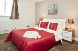 Fulham Road Serviced 2 Bedroom Apartments - Bedroom