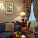 Leonard Serviced Classic Two bedroom - Comfortable lounge