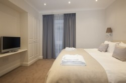 Manson place one bedroom - Soothing Colours