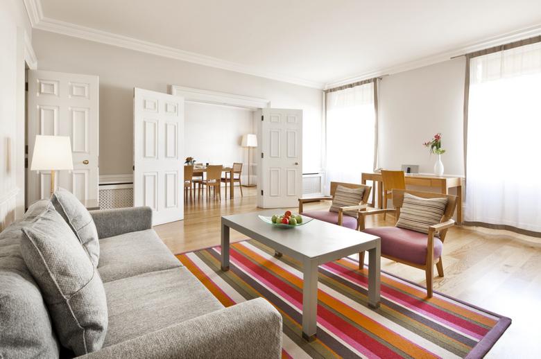 metropolitan mayfair 2 bedroom quality city apartments