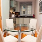 Pepys Street Serviced Apartment - Dining area