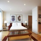 Stratford Serviced 1 Bedroom Apartments - Sofa bed in lounge