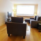 Monarch House Serviced 1 Bedroom - Airy Lounge