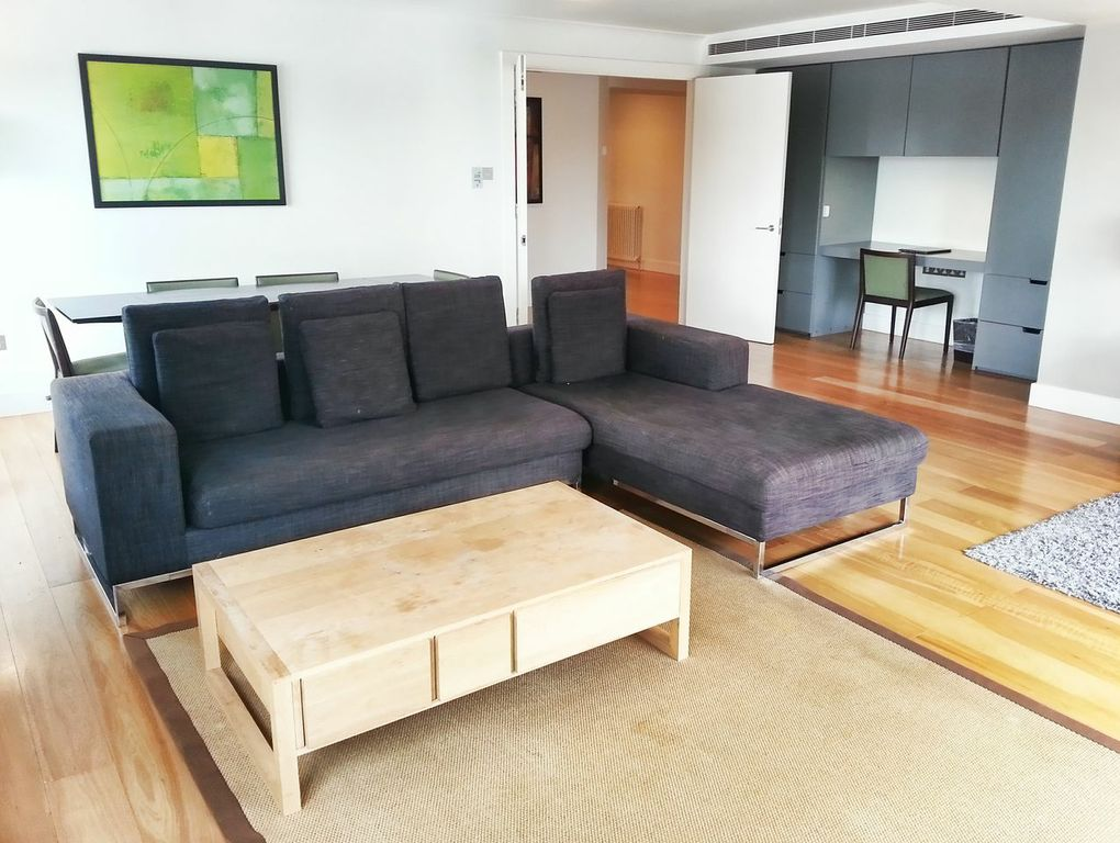 Monarch House 3 Bedroom Quality City Apartments