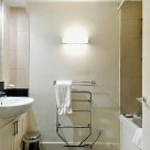 Albert Street Serviced 1 Bedroom Apartment - Bathroom