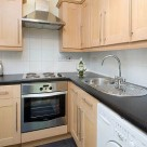 Albert Street Serviced 1 Bedroom Apartment - Kitchen