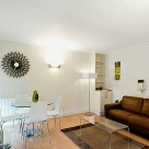Albert Street Serviced 1 Bedroom Apartment - Lounge