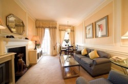 Curzon Mayfair 3 Bedroom Apartments - Lounge