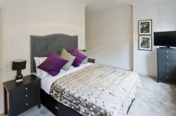 Creechurch Serviced Apartment Bedroom in City - Luxury linen