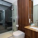 Dickens Yard Ealing Serviced 2 Bedroom - Luxury bathrooms