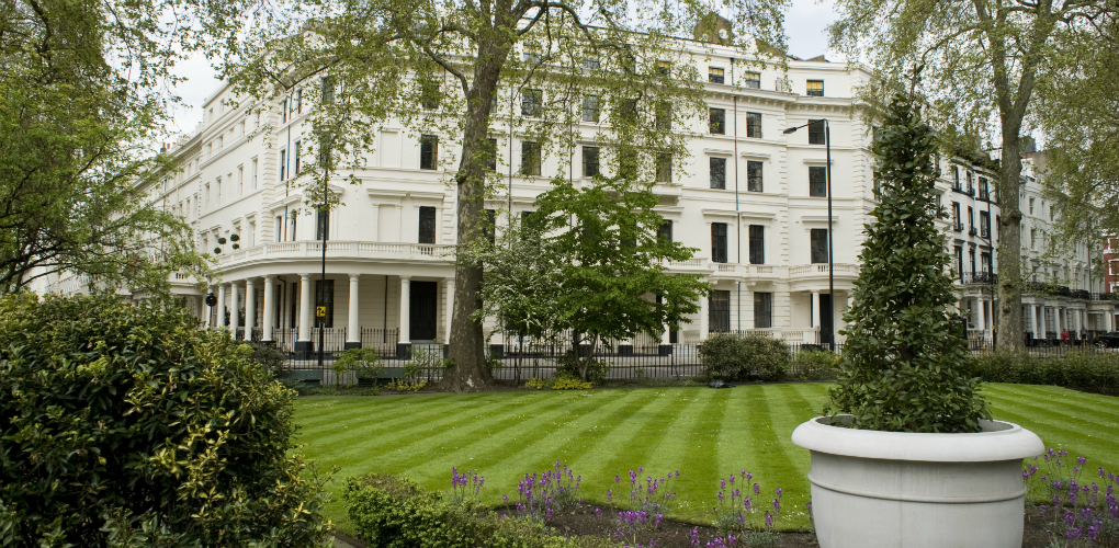 Brand New Luxury Serviced Two bedroom in Hyde Park ...