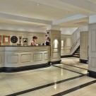 Chelsea Cloisters Serviced Apartments - 24 hour reception