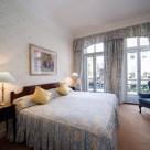 Curzon Street Apartments - Bedroom