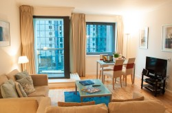 Discovery Dock East Serviced Apartment - Light and Airy Lounge