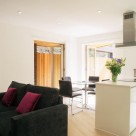 Banyan Wharf Islington Serviced 1 Bedroom - Sleek lounge
