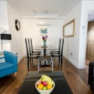 48 Bishopsgate 1 Bedroom - Bright and Light Lounge