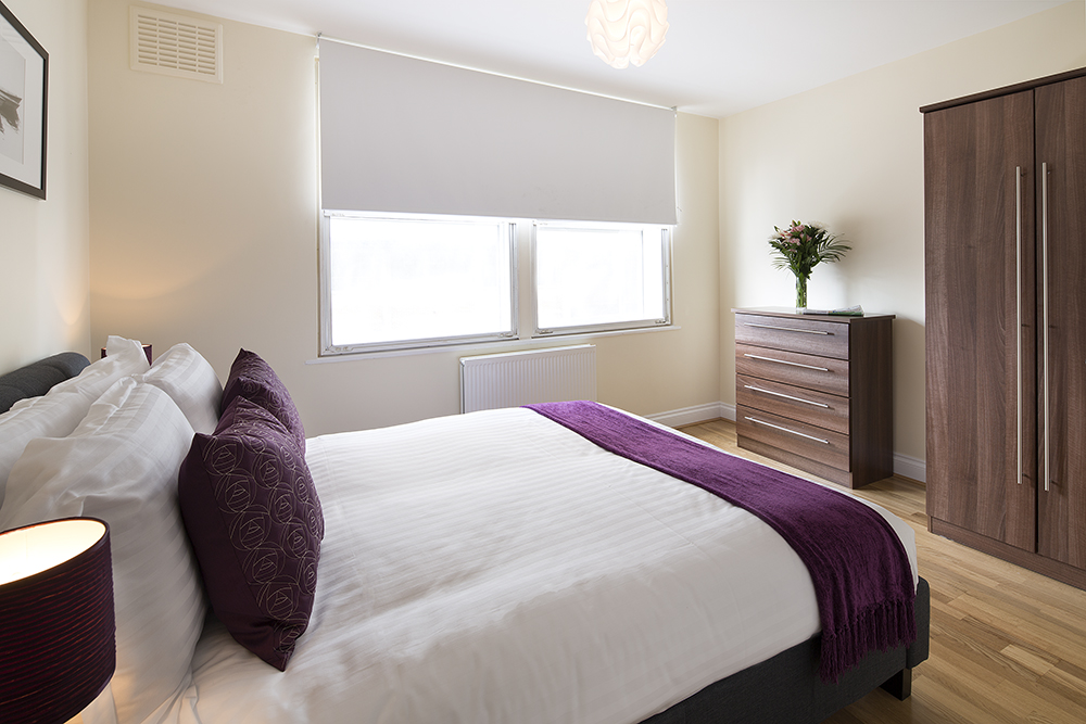 Cromwell road two bedroom quality city apartments for 2 master bedroom apartments