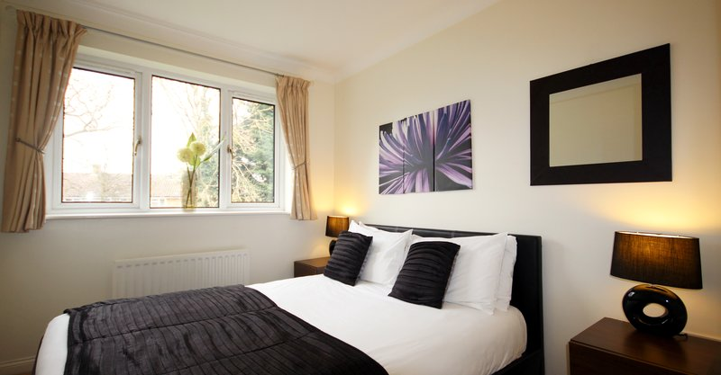 Gray Place 1 Bedroom - Contemporary bedroom