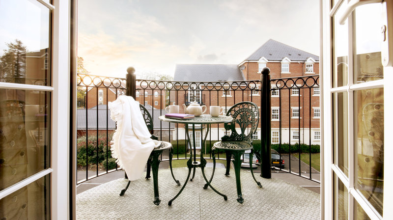 Stephenson Court Newbury - your own balcony